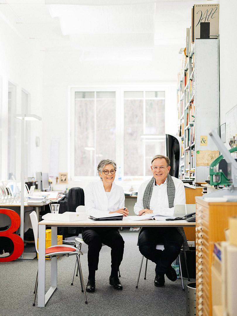 Karin und Bertram Schmidt-Friderichs, Verleger