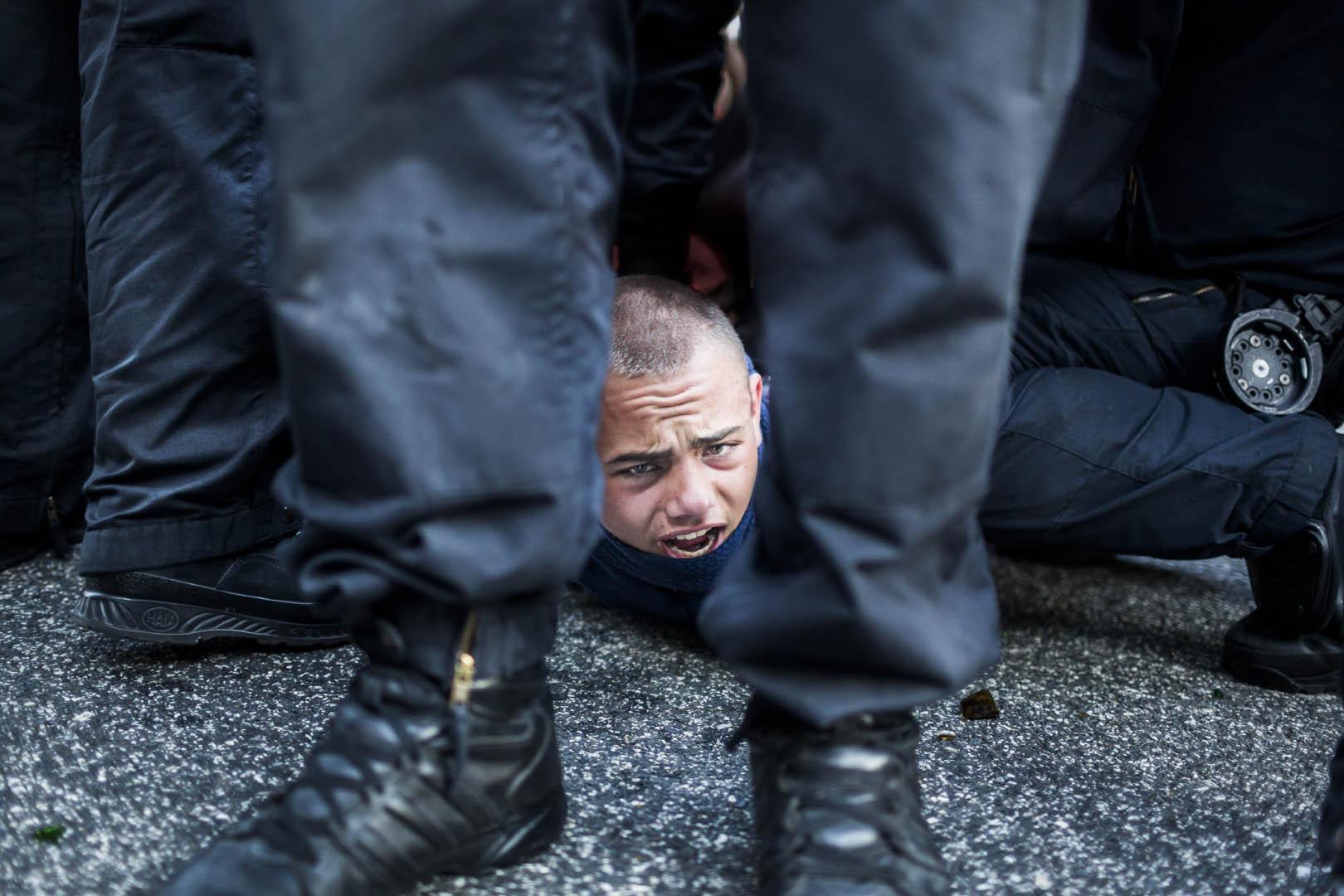 Festgenommener Demonstrant