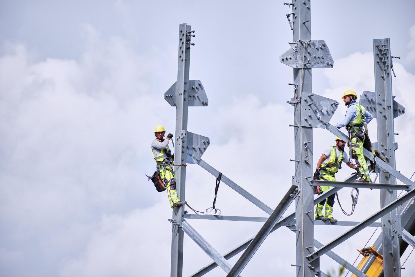 Bau einer neuen Höchstspannungstraße