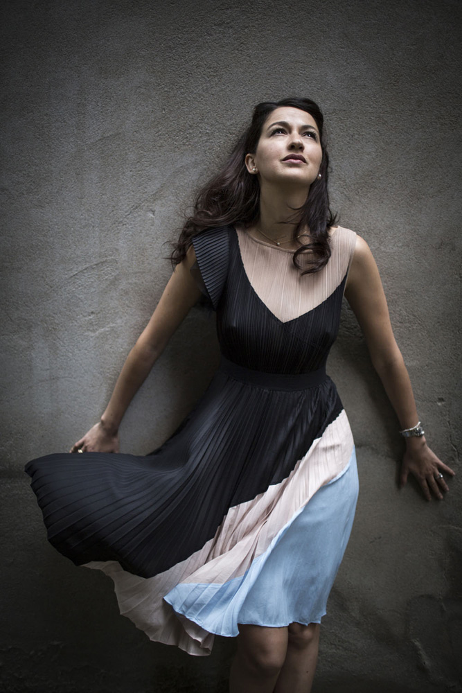 Zineb El Rhazoui, Schriftstellerin und Journalistin