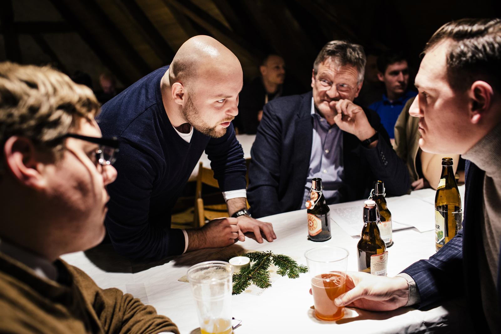 Markus Frohnmaier, Jörg Meuten und andere Mitglieder der AfD