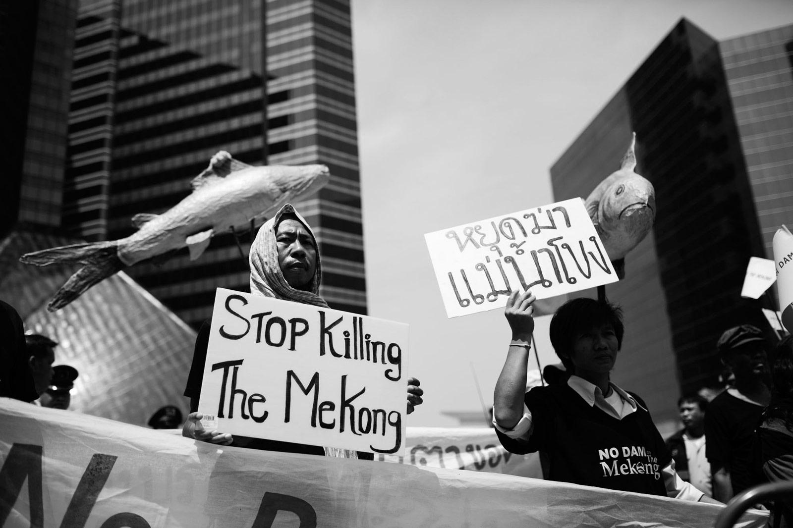 Demonstration gegen den Bau von Staudämmen