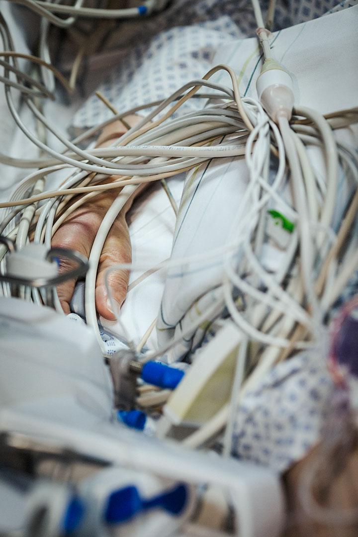 Verkabelte Patientin, Charité Intensivstation