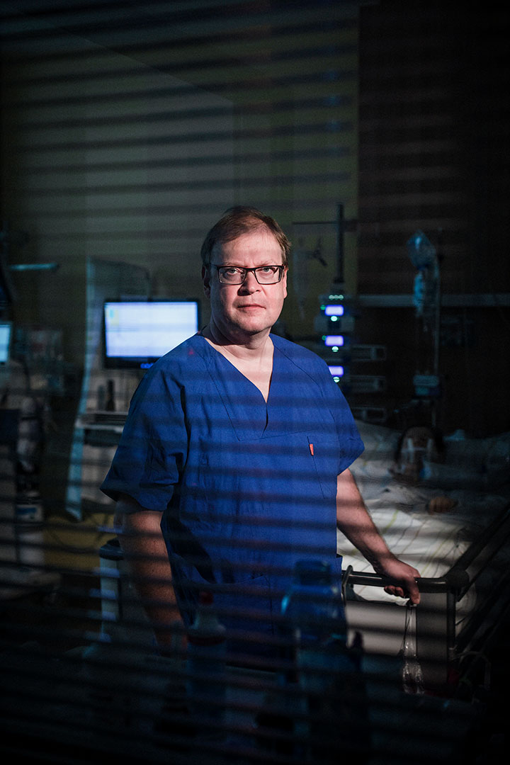 Dr. Stefan Wolf, Arzt