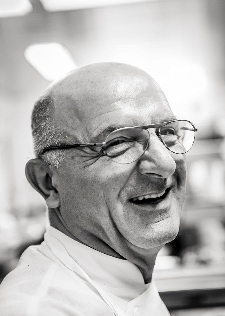 Jean Claude Bourgueil