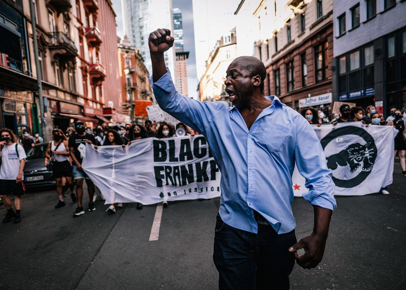 Black Live Matters Protest, Frankfurt © Peter Jülich