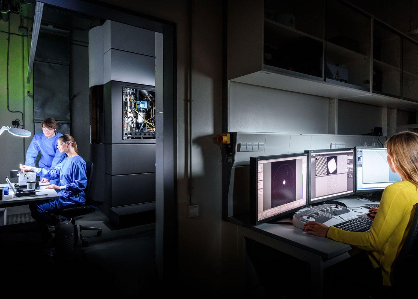 Kryoelektronenmikroskop, CSSB © Jörg Müller