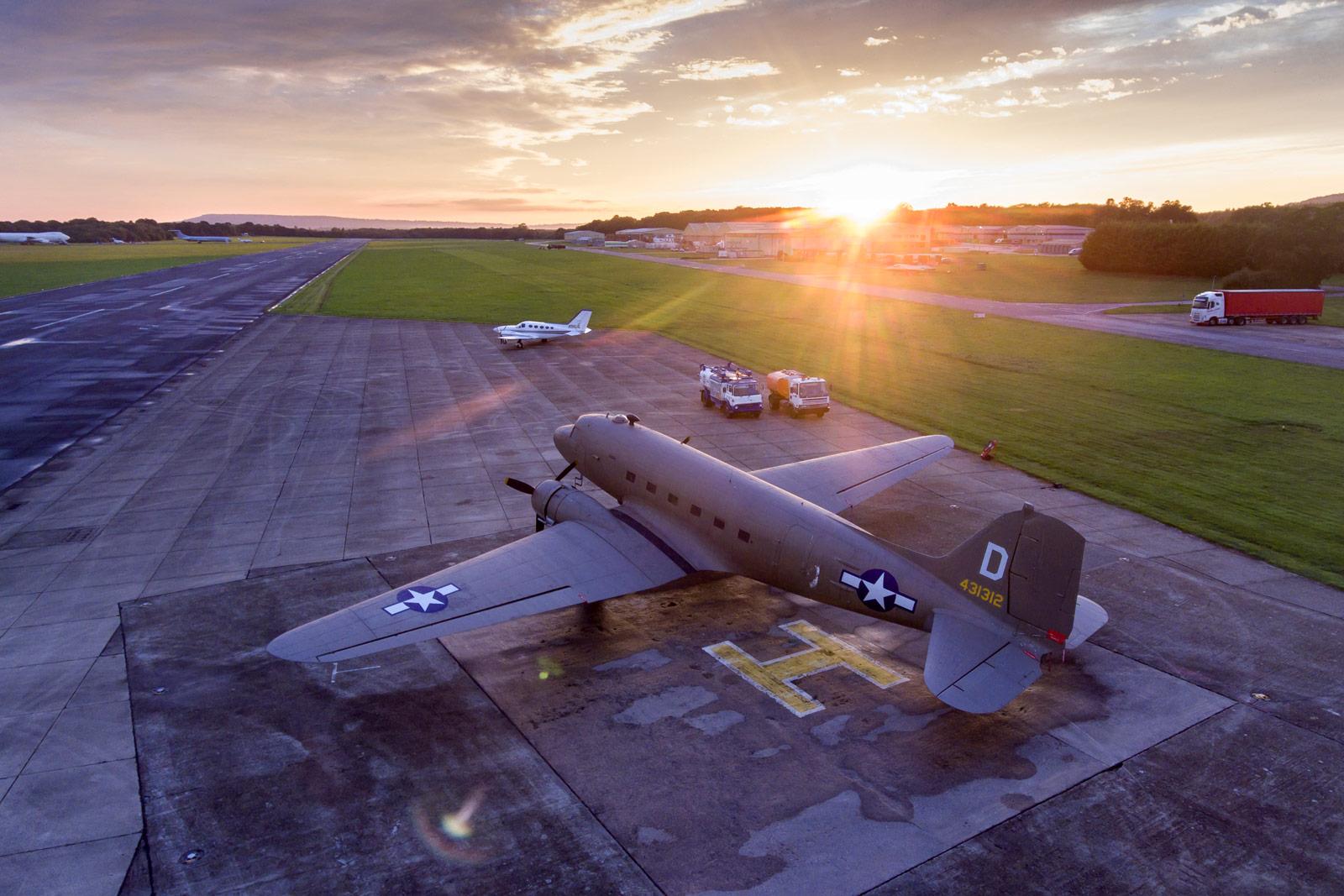 Douglas DC3, England © Kollektiv25